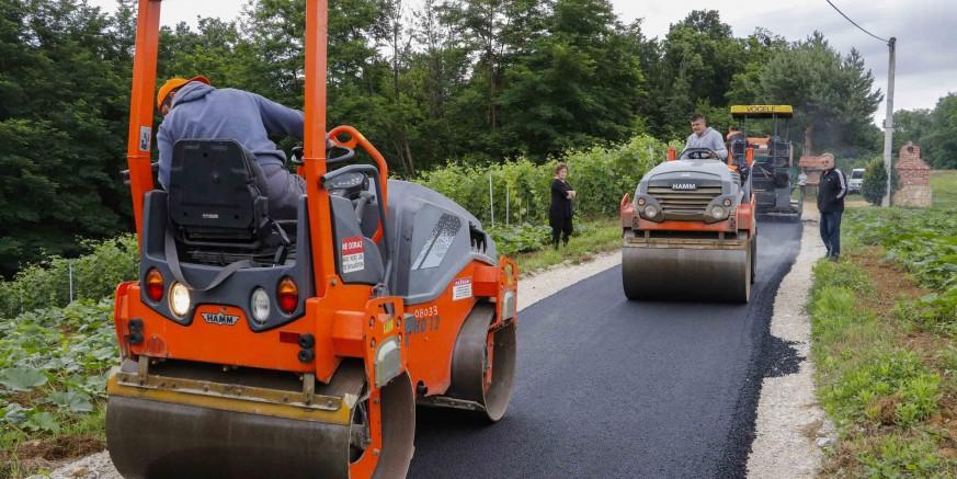 asfaltiranje9-bedenec-180620.jpg