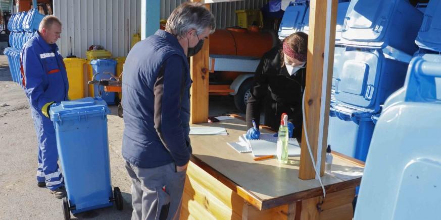 Počela podjela besplatnih plavih kanti za odlaganje papira i kartona – preuzmite ih do 29. listopada